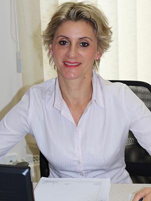 Tari Zsuzsanna titkárságvezető